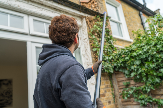 Gutter Cleaning Services SW14 Mortlake