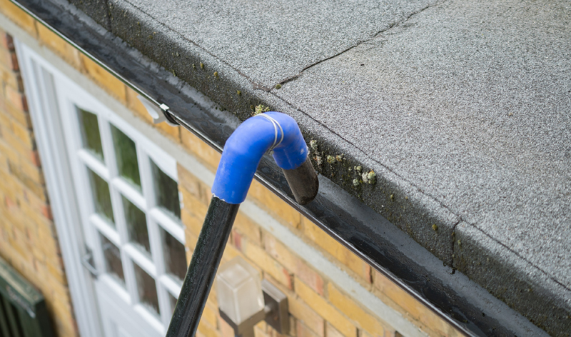 Gutter Cleaning Services SW2 Brixton